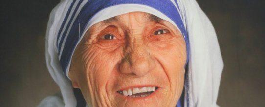 TRIBUTO A MADRE TERESA DE CALCUTÁ - 26/08 15h